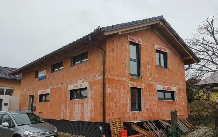 Ziegelhaus in Massivbauweise