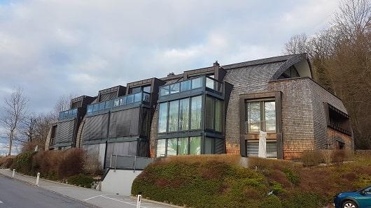 Haus mit mehreren Wohneinheiten
