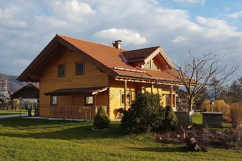 Einfamilienhaus in Blockhausbauweise