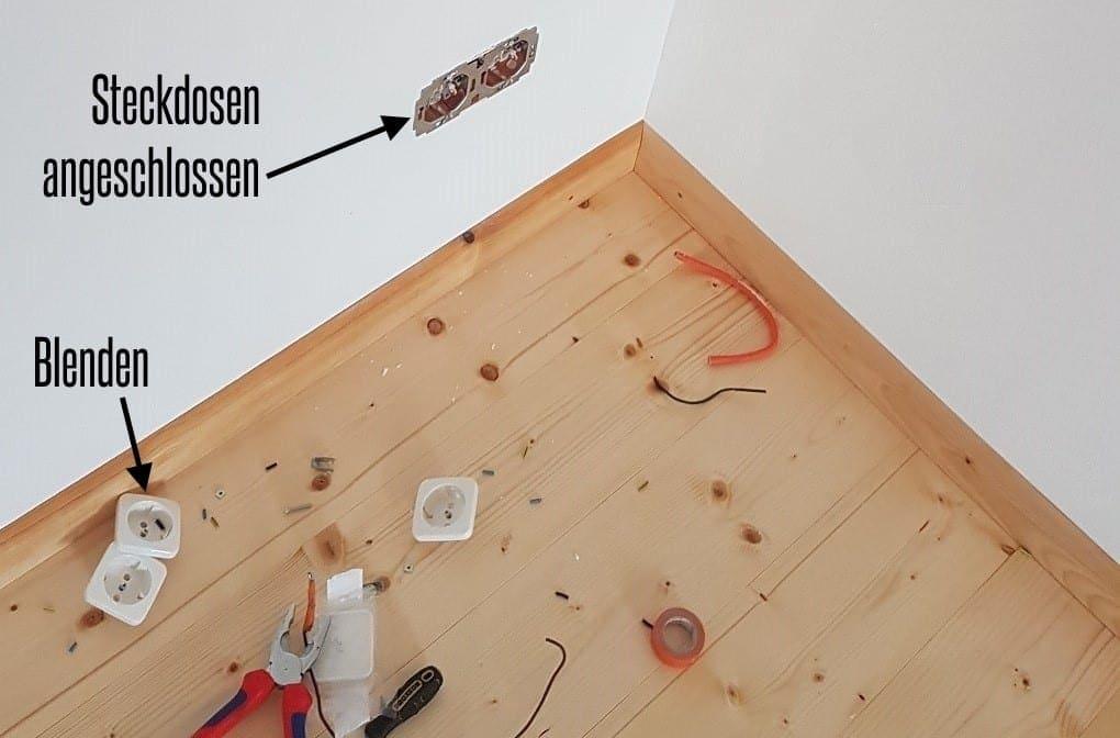 fertig angeschlossene Steckdosen im Holzhaus