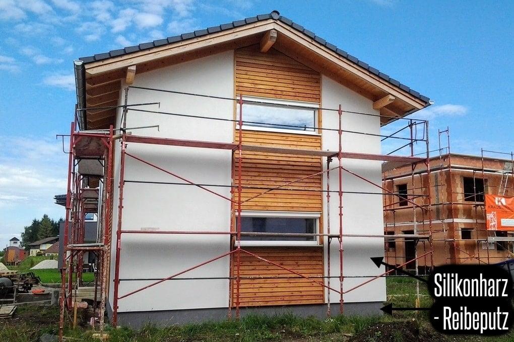 Holzhaus fertig verputzt (Putzfassade)