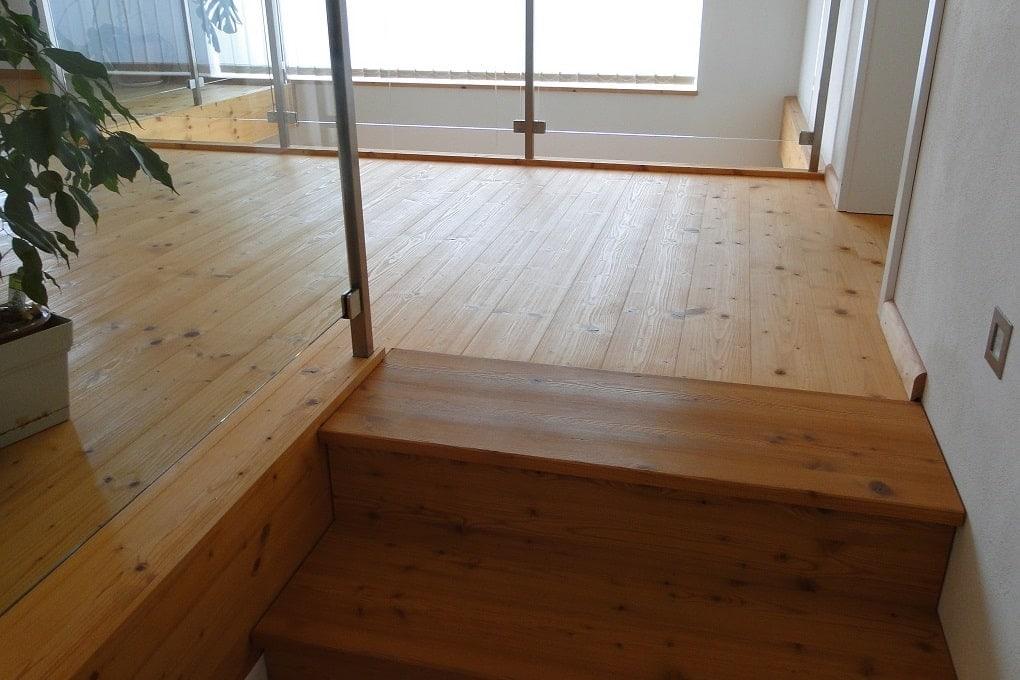 unsere Treppe aus Lärchenholz